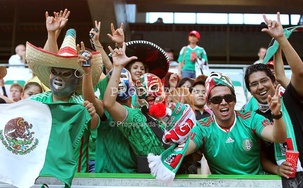 27.06.2011, Arena im Allerpark Wolfsburg, Wolfsburg,  GER, FIFA Women Worldcup 2011, Gruppe B, Mexico (MEX) vs. England (ENG).im Bild mexikanische Fans during the FIFA Women Worldcup 2011, Pool B, Mexico vs England on 2011/06/26, Arena im Allerpark , Wolfsburg, Germany.  .EXPA Pictures © 2011, PhotoCredit: EXPA/ nph/  Hessland       ****** out of GER / SWE / CRO  / BEL ******