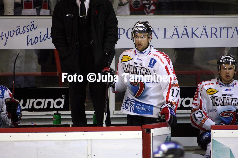 14.02.2009, Isom?en halli, Pori..J??kiekon SM-liiga 2008-09..EURss?t - JYP.Jari J??skel?inen - JYP.©Juha Tamminen.