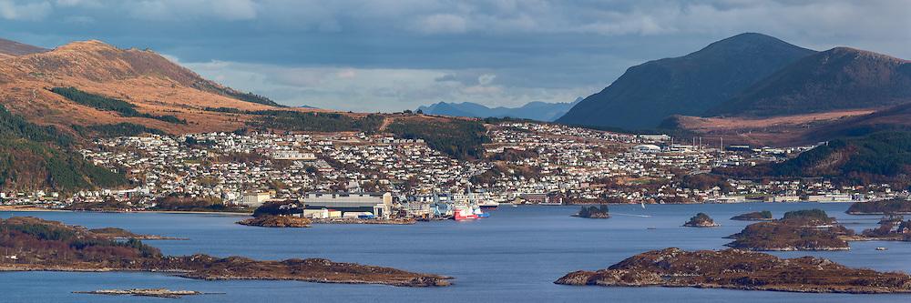 High resolution Panorama picture of Ulsteinvik, Norway | Høgoppløslig panoramabilde av Ulsteinvik.