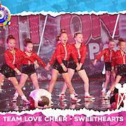 1037_Team Love Cheer - Sweethearts