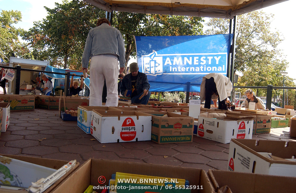 Boekenmarkt voor Amnesty international Brink Baarn