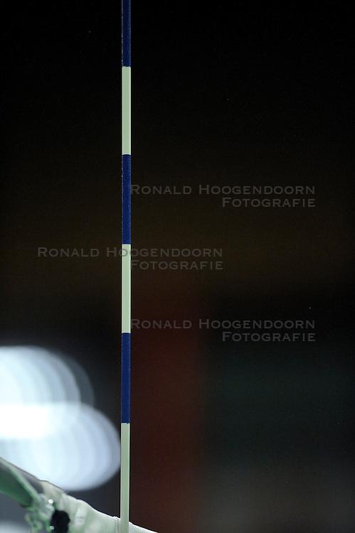 29-10-2011 VOLLEYBAL: SLIEDRECHT SPORT - TVC AMSTELVEEN: SLIEDRECHT<br /> Amstelveen wordt binnen een uur door Sliedrecht met 3-0 verslagen / Uniek in volleybalwereld, Sliedrecht presenteert de blauwe antenne, de kleuren van de club<br /> &copy;2011-FotoHoogendoorn.nl