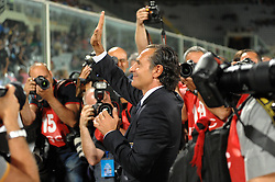 07.09.2010, Stadio Artemio Franchi, Florenz, ITA, UEFA 2012 Qualifier, Italia v Faer Oer, im Bild l'allenatore dell'italia cesare prandelli.EXPA Pictures © 2010, PhotoCredit: EXPA/ InsideFoto/ Massimo Oliva *** ATTENTION *** FOR AUSTRIA AND SLOVENIA USE ONLY! / SPORTIDA PHOTO AGENCY