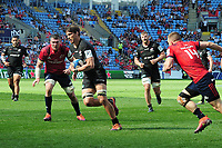 Rugby Union - 2018 / 2019 European Rugby Champions Cup - Semi-final - Saracens vs Munster<br /> <br /> Michael Rhodes of Saracens runs over for his second half try at Allianz Park.<br /> <br /> Colorsport  / Andrew Cowie