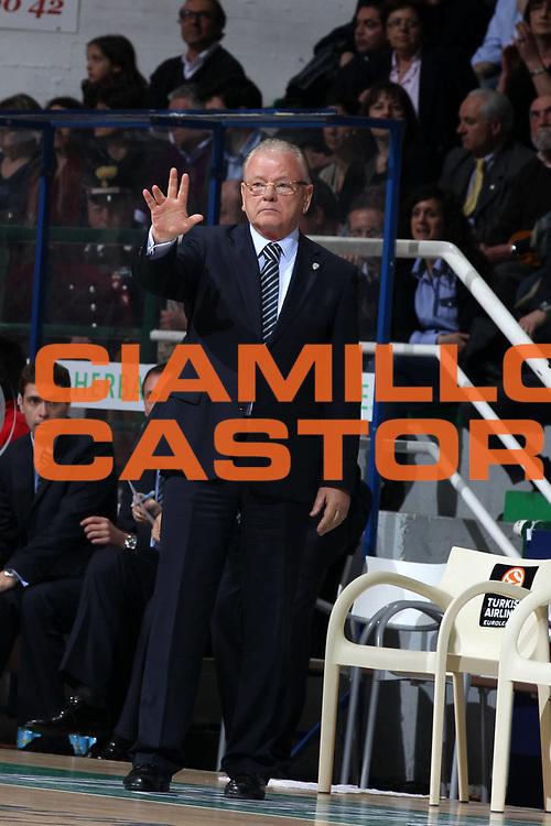 DESCRIZIONE : Siena Eurolega 2010-11 Playoffs Gara 3 Montepaschi Siena Olympiacos<br /> GIOCATORE : Dusan Ivkovic<br /> SQUADRA : Olympiacos<br /> EVENTO : Eurolega 2010-2011<br /> GARA : Montepaschi Siena Olympiacos<br /> DATA : 29/03/2011<br /> CATEGORIA : coach<br /> SPORT : Pallacanestro <br /> AUTORE : Agenzia Ciamillo-Castoria/ElioCastoria<br /> Galleria : Eurolega 2010-2011<br /> Fotonotizia : Siena Eurolega 2010-11 Playoffs Gara 3 Montepaschi Siena Olympiacos<br /> Predefinita :