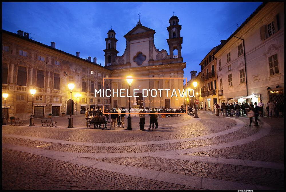 Nella foto Chiesa Collegiata di Santa Maria Maggiore in piazza Delle Piane...Novi Ligure, terzo comune per popolazione della provincia di Alessandria.