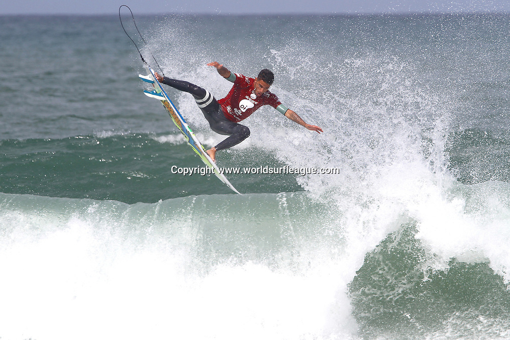 BARRA DA TIJUCA, Rio de Janeiro/Brazil (Sunday, May 17, 2015) &ndash; Filipe Toledo of Ubatuba, Sao Paulo, Brazil (pictured) scoring a perfect 10 point ride and defeating Bede Durbidge of Australia in the final to win the Oi Rio Pro in Barra De Tijuca, Rio, Brasil.  The win is Toledos second of the 2015 season.<br /> <br /> IMAGE CREDIT: &copy; WSL / Smorigo<br /> PHOTOGRAPHER: Daniel Smorigo<br /> SOCIAL MEDIA TAG: @wsl @danielsmorigo<br />  <br /> The images attached or accessed by link within this email (&quot;Images&quot;) are provided by the Association of Surfing Professionals LLC (&quot;World Surf League&quot;). All Images are royalty-free but for editorial use only. No commercial rights are granted to the Images in any way. The Images are provided on an &quot;as is&quot; basis and no warranty is provided for use of a particular purpose. Rights to individuals within the Images are not provided. The copyright is owned by World Surf League. Sale or license of the Images are prohibited. ALL RIGHTS RESERVED.