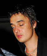 06.10.2006. LONDON<br /> <br /> KATE MOSS AND PETE DOHERTY LEAVING KATE'S HOUSE ALONG WITH FRIEND DAVINIA TAYLOR AND HEAD TO BRIXTON FOR A BABYSHAMBLES GIG.<br /> <br /> BYLINE: EDBIMAGEARCHIVE.CO.UK<br /> <br /> *THIS IMAGE IS STRICTLY FOR UK NEWSPAPERS AND MAGAZINES ONLY*<br /> *FOR WORLD WIDE SALES AND WEB USE PLEASE CONTACT EDBIMAGEARCHIVE - 0208 954 5968*