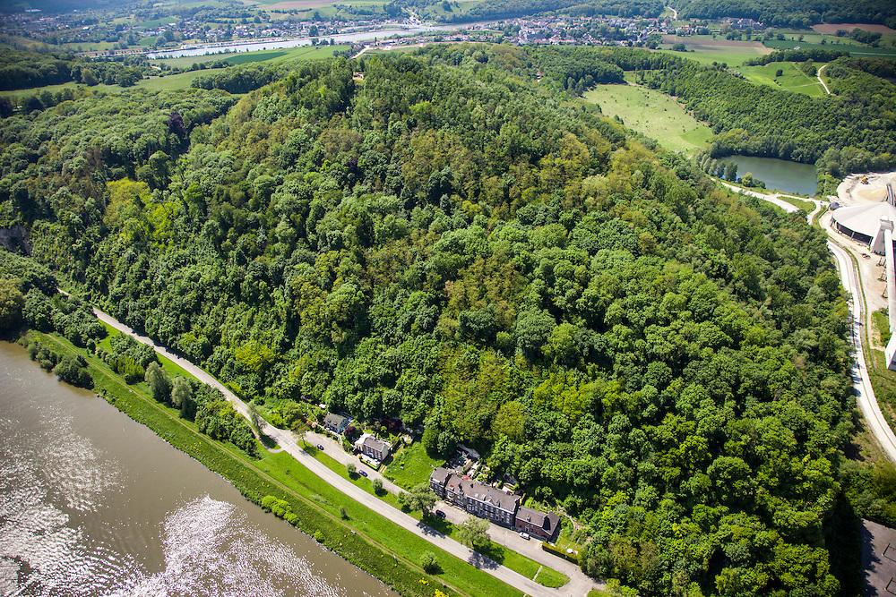 Nederland, Limburg, Gemeente Maastricht, 27-05-2013; Sint-Pieterberg met bossen gezien in de richting Belgie. In de achtergrond  in het dal ligt het Belgische dorp Kanne, het water is het Albertkanaal. Voor in beeld de Maas en de huizen langs de Maasboulevard.<br /> View from the St. Pietersberg direction Belgium, Albertkanaal and the village Kanne. Bottom pic the river Maas (Meuse).<br /> luchtfoto (toeslag op standaardtarieven);<br /> aerial photo (additional fee required);<br /> copyright foto/photo Siebe Swart.