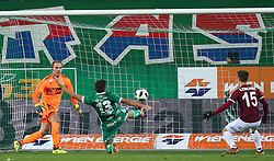 09.12.2017, Allianz Stadion, Wien, AUT, 1. FBL, SK Rapid Wien vs SV Mattersburg, 19. Runde, im Bild Markus Kuster (SV Mattersburg), Giorgi Kvilitaia (SK Rapid Wien) und Michael Lercher (SV Mattersburg) // during Austrian Football Bundesliga Match, 19th Round, between SK Rapid Vienna and SV Mattersburg at the Allianz Arena, Vienna, Austria on 2017/12/09. EXPA Pictures © 2017, PhotoCredit: EXPA/ Thomas Haumer
