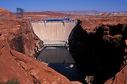 Glen Canyon Dam,Page, Arizona. ©2000 Edward McCain/..Subject photograph(s) are copyright Edward McCain. All rights are reserved except those specifically granted by Edward McCain in writing prior to publication...McCain Photography.211 S 4th Avenue.Tucson, AZ 85701-2103.(520) 623-1998.mobile: (520) 990-0999.fax: (520) 623-1190.http://www.mccainphoto.com.edward@mccainphoto.com