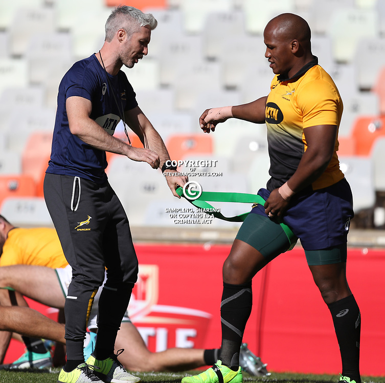 BLOEMFONTEIN, SOUTH AFRICA - JUNE 15: Aled Walters of South Africa with Bongi Mbonambi of South Africa during the  South Africa Captain's Run at Toyota Stadium on June 15, 2018 in Bloemfontein, South Africa. (Photo by Steve Haag/Getty Images)