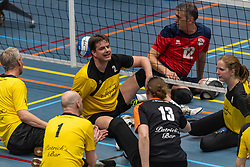 20-04-2019 NED: Dirk Kuyt Foundation Cup, Veenendaal<br /> National Cup sitting volleyball in Veenendaal / ZVH vs. Apollo Mill
