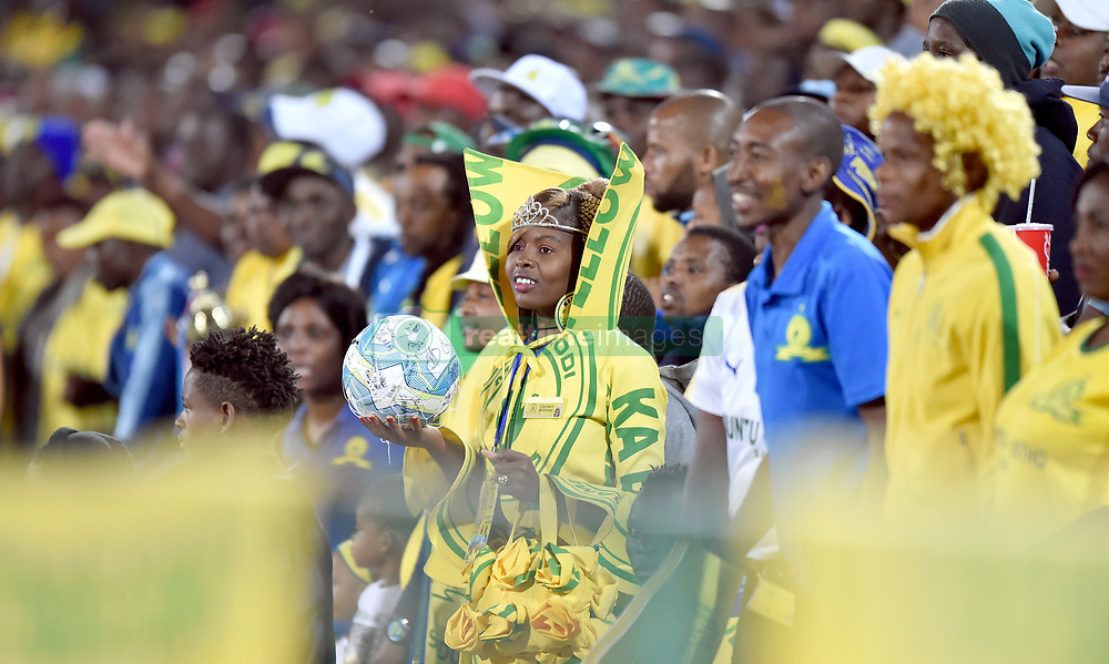 17/04/2018. Mamelodi Sundowns FC supporters celebrate their 1-0 victory against Lamontville Golden Arrows FC at Loftus Verfeld stadium.<br /> Picture: Oupa Mokoena/African News Agency (ANA)