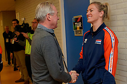 10–01-2020 NED: Olympic qualification tournament women Netherlands - Poland, Apeldoorn<br /> The Dutch volleyball players lost the third group match of the OKT in Apeldoorn 3-1 against Poland / Maret Balkestein-Grothues #6 of Netherlands, Joop Alberda
