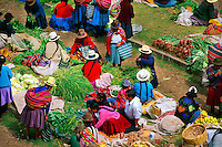 Sunday Indian Market, Chinchero (Sacred Valley of the Incas), Peru