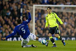 LIVERPOOL, ENGLAND - Thursday, April 17, 2008: Everton's Joleon Lescott and Chelsea's Paulo Ferreira during the Premiership match at Goodison Park. (Photo by David Rawcliffe/Propaganda)