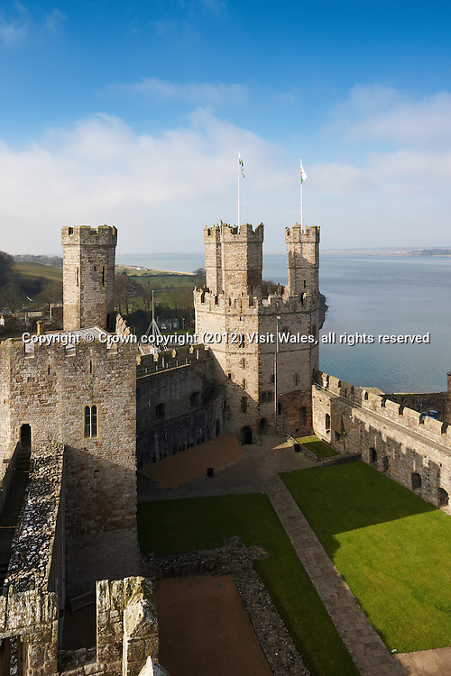 View of Eagle Tower<br /> Caernarfon Castle <br /> Cadw Sites<br /> World Heritage Sites<br /> SAMN: CN079<br /> NGR: SH477626<br /> Gwynedd<br /> North<br /> Castles<br /> Medieval<br /> Defence<br /> Historic Sites