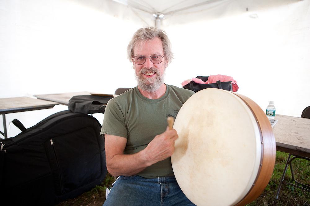Bill Molloy backstage on irish drum