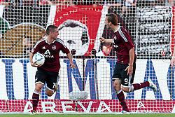 01.10.2011, easy Credit Stadion, Nuernberg, GER, 1.FBL, 1. FC Nürnberg / Nuernberg vs 1. FSV Mainz, im Bild:.Jubel nach 3-3-Vrolagengeber Robert Mak (Nuernberg #14) und Torschuetze Tomas Pekhart (Nuernberg #9).// during the Match GER, 1.FBL, 1. FC Nürnberg / Nuernberg vs 1. FSV Mainz on 2011/10/01, easy Credit Stadion, Nuernberg, Germany..EXPA Pictures © 2011, PhotoCredit: EXPA/ nph/  Will       ****** out of GER / CRO  / BEL ******