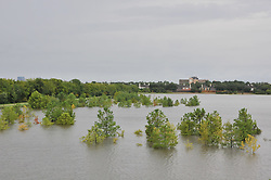 (170827) -- HOUSTON, Aug. 27, 2017 (Xinhua) -- Trees are submerged in flood in suburb area of Houston, Texas, the United States, Aug. 27, 2017. Widespread and worsening flood conditions prompted the closure of nearly every major road in Houston as the outer bands of Hurricane Harvey swept through the Houston area over the weekend. Latest news reports said the storm death toll has climbed to at least 5. (Xinhua/Liu Liwei) (Photo by Xinhua/Sipa USA)