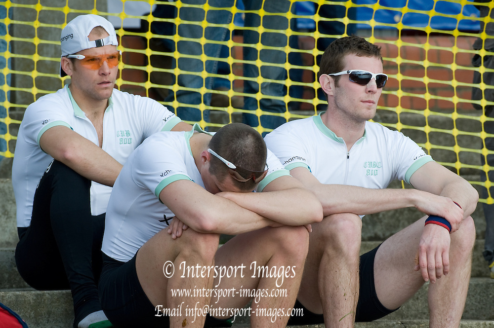 Putney, GREAT BRITAIN,   Cambride looking dejected  after losing the 2009 Boat Race, at Mortlake,  Sun.29.03.2009. [Mandatory Credit, Peter Spurrier / Intersport-images].. Cambridge Crew, Bow Rob WEITEMEYER, Henry PELLY, Tom RANSLEY, Peter MARESLAND, Deaglan McEACHERN, Hardy CUBASCH, Ryan MONAGHAN, Silas STAFFORD and cox Rebbecca DOWBIGGIN. Rowing Course: River Thames, Championship course, Putney to Mortlake 4.25 Miles,