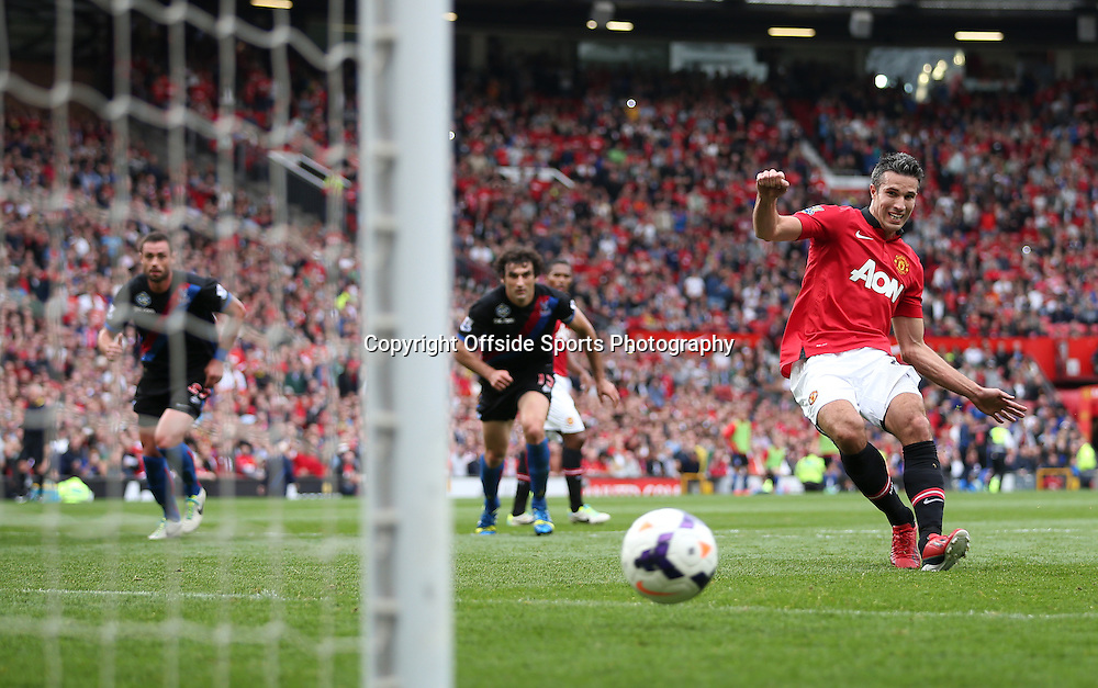 14th September 2013 - Barclays Premier League - Manchester United v Crystal Palace - Robin van Persie of Man Utd scores their 1st goal with a penalty - Photo: Simon Stacpoole / Offside.