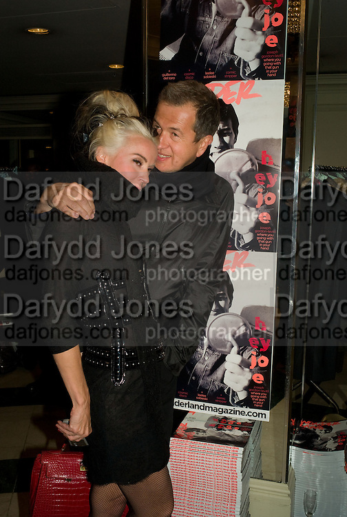 DAPHNE GUINNESS AND MARIO TESTINO, The Wonderland and Moet party. The Red Bar. Grosvenor House Hotel. Park Lane, London. 18 April 2008 *** Local Caption *** -DO NOT ARCHIVE-© Copyright Photograph by Dafydd Jones. 248 Clapham Rd. London SW9 0PZ. Tel 0207 820 0771. www.dafjones.com.
