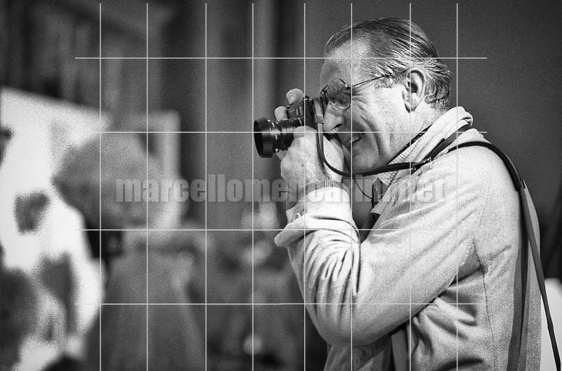 Italian photographer Fulvio Roiter (1981) / Il fotografo Fulvio Roiter (1981) - © Marcello Mencarini