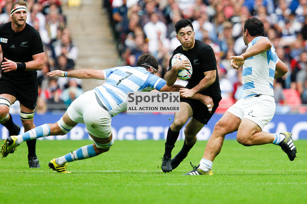 WEMBLEY, ENGLAND - SEPTEMBER 20:  Julian Savea of New Zealand tackled by Juan Martin Fernandez Lobbe of Argentina during the 2015 Rugby World Cup Pool C match between New Zealand and Argentina at Wembley Stadium on September 20, 2015 in London, England. (Credit: SAM TODD | SportPix.org.uk)