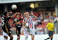05-08-2008 Voetbal:FC ENERGIE COTTBUS:WILEM II:COTTBUS<br /> Frank Demouge in een duel met Cagdas Atan<br /> <br /> Foto: Geert van Erven