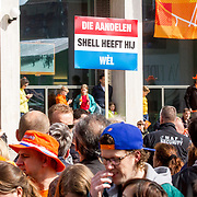 NLD/Groningen/20180427 - Koningsdag Groningen 2018, Demonstratiebord ivm aardgas