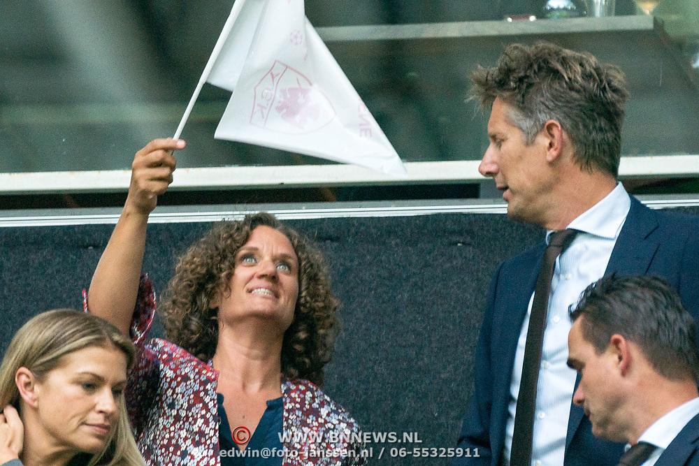 NLD/Amsterdam/20180919 - Ajax - AEK, Edwin van der Sar en partner Annemarie van Kesteren