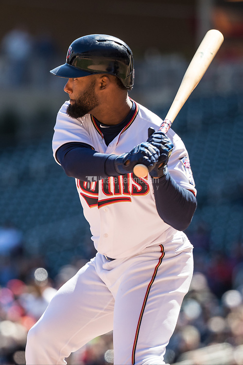 MINNEAPOLIS, MN- APRIL 6: Danny Santana #39 of the Minnesota Twins bats against the Kansas City Royals on April 6, 2017 at Target Field in Minneapolis, Minnesota. The Twins defeated the Royals 5-3. (Photo by Brace Hemmelgarn) *** Local Caption *** Danny Santana