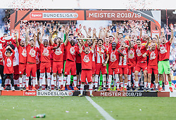 26.05.2019, Red Bull Arena, Salzburg, AUT, 1. FBL, FC Red Bull Salzburg Meisterfeier, im Bild Spieler des FC Red Bull Salzburg jubeln // during the Austrian Football Bundesliga Championsship Celebration at the Red Bull Arena in Salzburg, Austria on 2019/05/26. EXPA Pictures © 2019, PhotoCredit: EXPA/ JFK