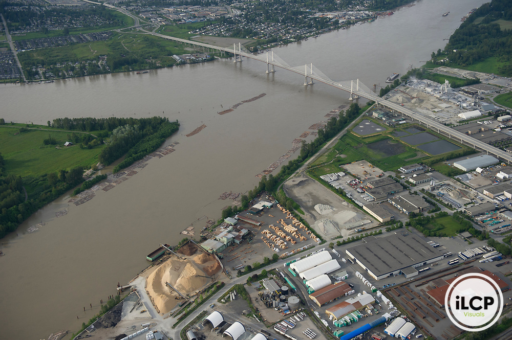 Near the delta, the Fraser River passes through industrial areas and farmland, picking up chemical waste and excess nutrients.
