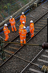 © Licensed to London News Pictures. 16/09/2016. Watford, UK. A train has derailed following a landslide close to Hunton Bridge just outside Watford in north west London. The 6:19am from Milton Keynes to London Euston train is reported to have struck a landslide, clipped a train travelling in the opposite direction causing it to become stuck in the tunnel.  Network Rail engineers are in attendance.   Photo credit : Stephen Chung/LNP
