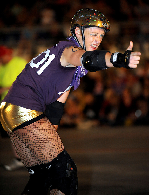 Cherry City Derby Girls' Rollarama 2010. (photo by Casey Campbell)