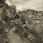 Ascending the Island Trail in Walnut Canyon