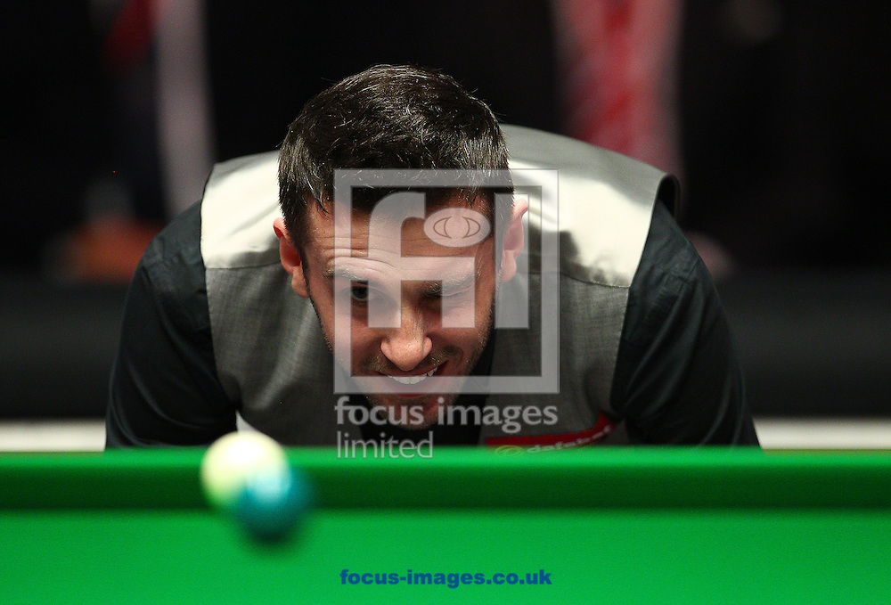 Picture by Paul Terry/Focus Images Ltd +44 7545 642257<br /> 19/01/2014<br /> Mark Selby lines up a shot during The Masters final at Alexandra Palace, London.