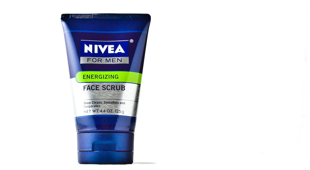Nivea for Men Energizing Face Scrub
