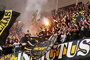 STOCKHOLM 2016-08-04<br /> KVAL TILL EUROPA LEAGUE AIK VS PANATHINAIKOS<br /> Fans till AIK under matchen mellan AIK och Panathinaikos p&aring; Tele2 Arena, torsdag den 4 augusti 2016.<br /> Foto: Nils Petter Nilsson/Ombrello<br /> ***BETALBILD***