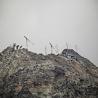 Cantiere nuove Funivie del Monte Bianco agosto 2013<br /> Monte Bianco, Ottava Meraviglia del Mondo, è la montagna più alta d'Italia e dell'Europa centrale.<br /> <br /> Shipyard new Mont Blanc cableway August 2013<br /> Mont Blanc, Eighth Wonder of the World, is the highest mountain in Italy and Central Europe.