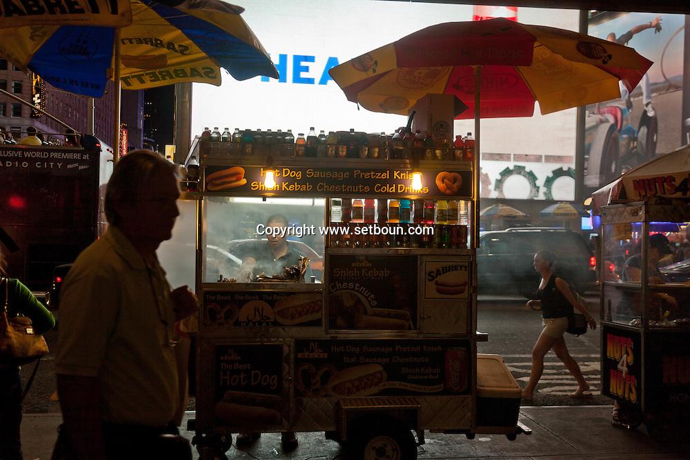 New york, Times square , Food stand , street restaurant, fast food ,street life at night, Manhattan United states