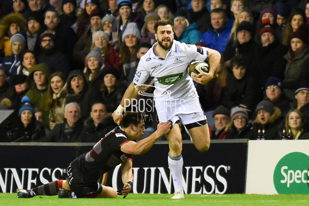 Alex Dunbar shrugs off Sam Hidalgo-Clyne during the Guinness Pro 14 2017_18 match between Edinburgh Rugby and Glasgow Warriors at Murrayfield, Edinburgh, Scotland on 23 December 2017. Photo by Kevin Murray.