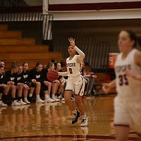Women's Basketball: Hamline University Pipers vs. University of St. Thomas (Minnesota) Tommies