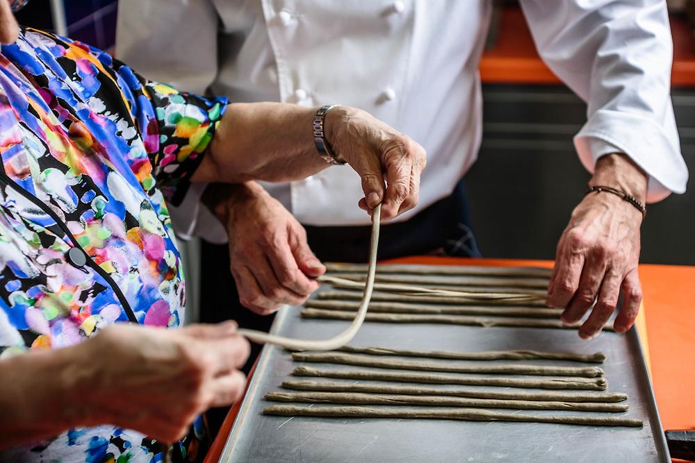 """07 DEC 2017 - Senigallia (AN) - Ristorante """"Uliassi"""": lo chef Mauro Uliassi con la madre Bianca."""