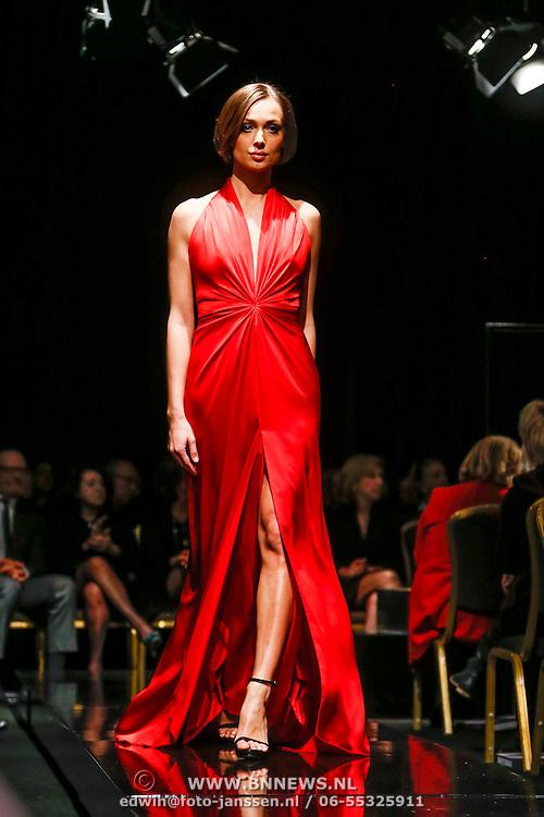 NLD/Amsterdam/20130309 - Modeshow Mart Visser zomer 2013, mannequins op de catwalk
