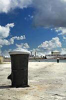 Elementi del porto di Brindisi