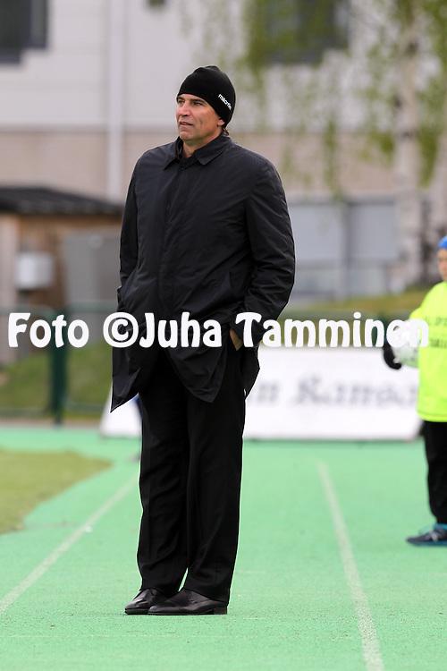 26.5.2014, Keskuskentt&auml;, Rovaniemi.<br /> Veikkausliiga 2014.<br /> Rovaniemen Palloseura - FF Jaro.<br /> Valmentaja Alexei Eremenko - Jaro